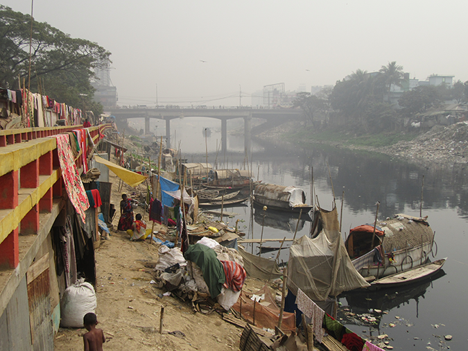 Rapid industrial growth attracts the rural poor to Dhaka City, Bangladesh © Nushrat Yeasmin/REACH